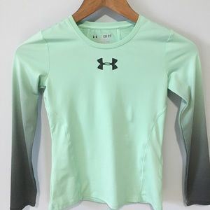 Under Armour Fitted Green Gray Fitted Long Sleeve